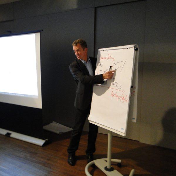 http://mental-giganten.de/wp-content/uploads/2019/08/seminar2_gr-600x600.jpg